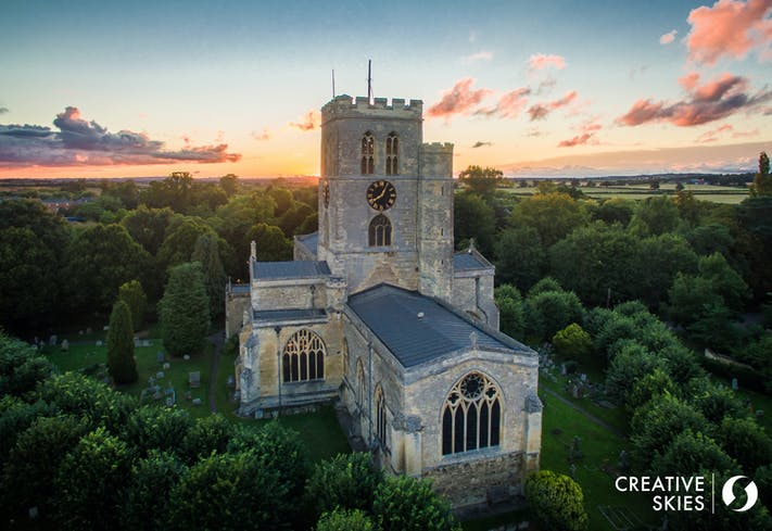 St Mary's Thame. Photo credit: Pete Stratton, Creative Skies