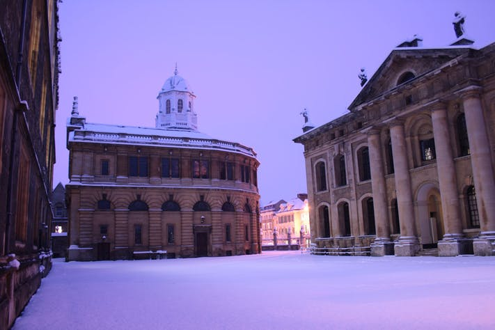 The Sheldonian by Jamie Huddlestone