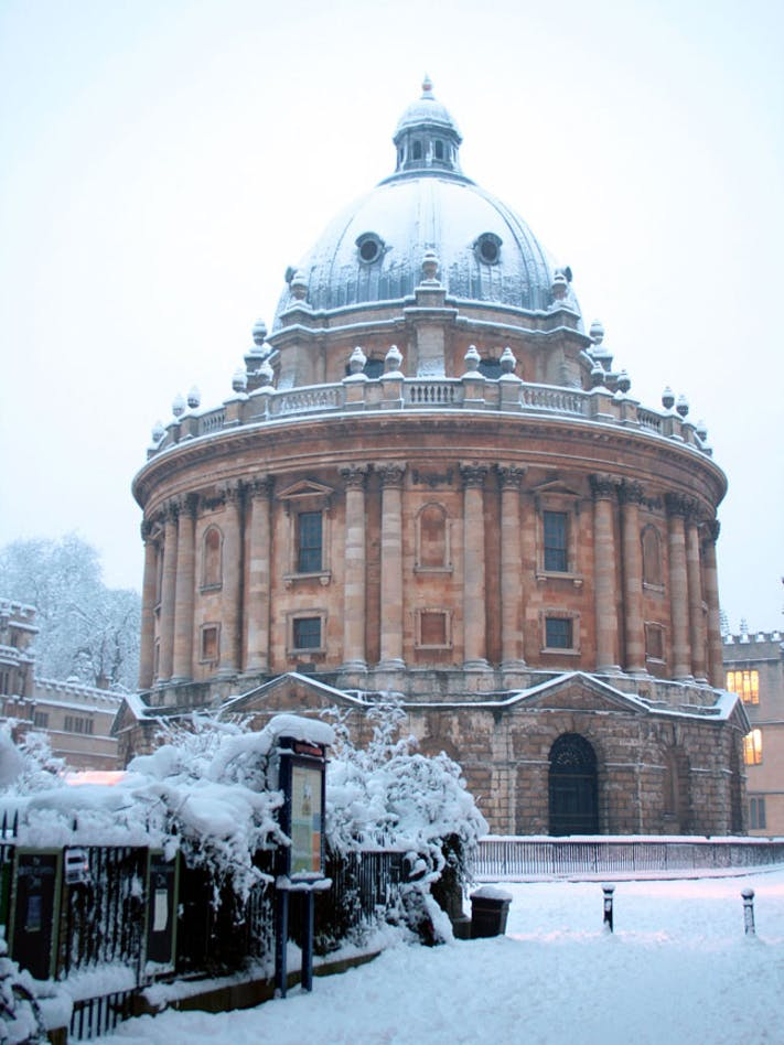 Radcliffe Camera by Jamie Huddlestone