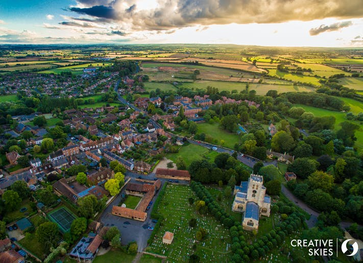 Thame. Photo credit: Pete Stratton, Creative Skies